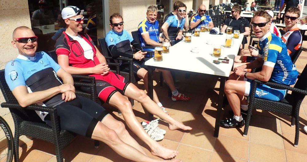 Snabbgruppen Tinto - inte bara snabbast på vägen utan även till after biken!
