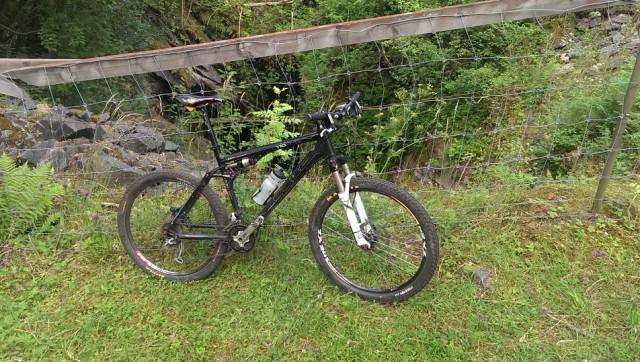 """Bild för """"Happys"""" """"Cykel mot...-tråd"""", här cykel mot gruvhål"""