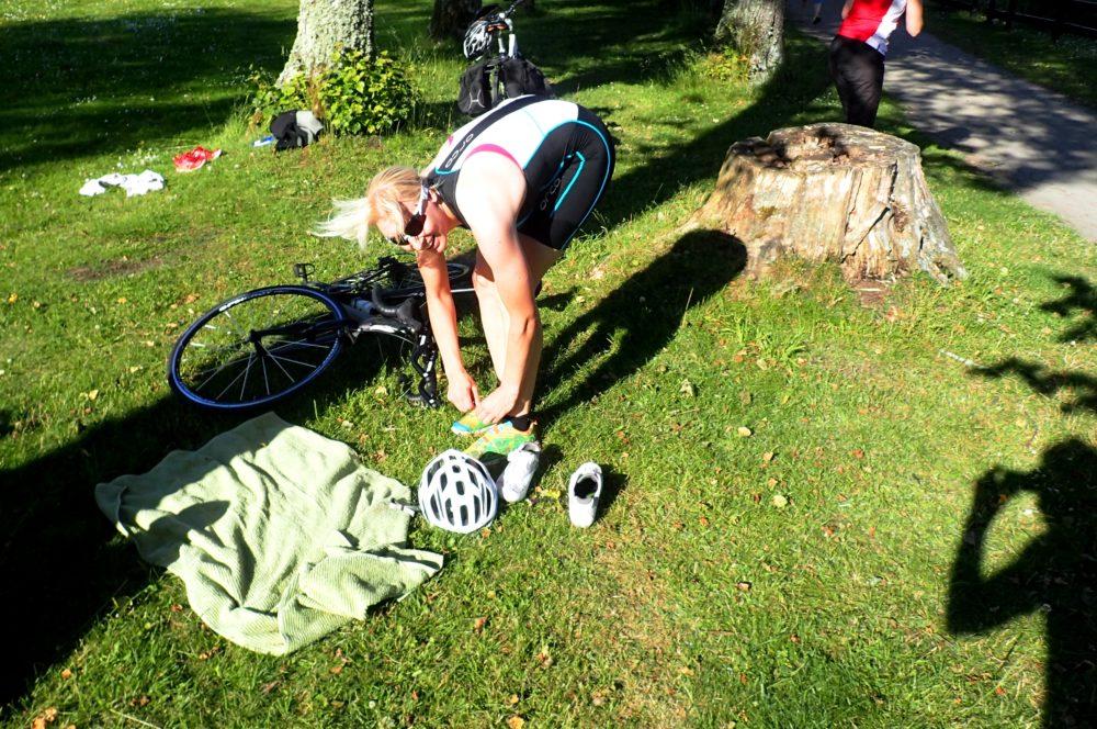 Andra växlingen från cykling till löpning!