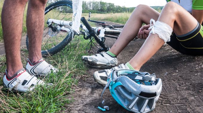 a first aid in a bicycle accident