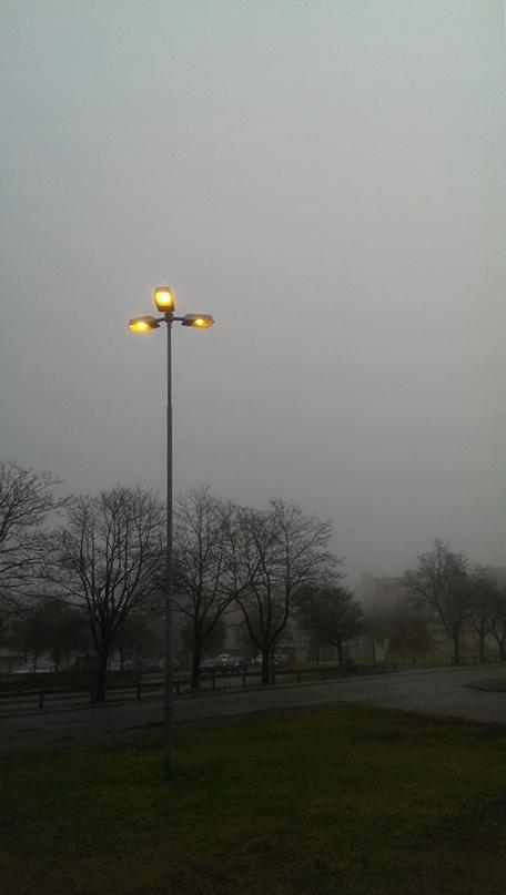 Exakt så här bedrövligt grått var det i Växjö klockan elva
