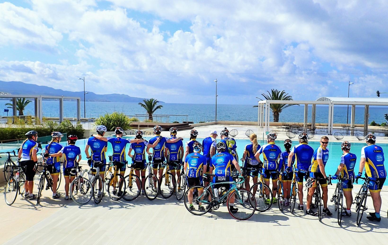 Många Ride of Hope cyklister är här!