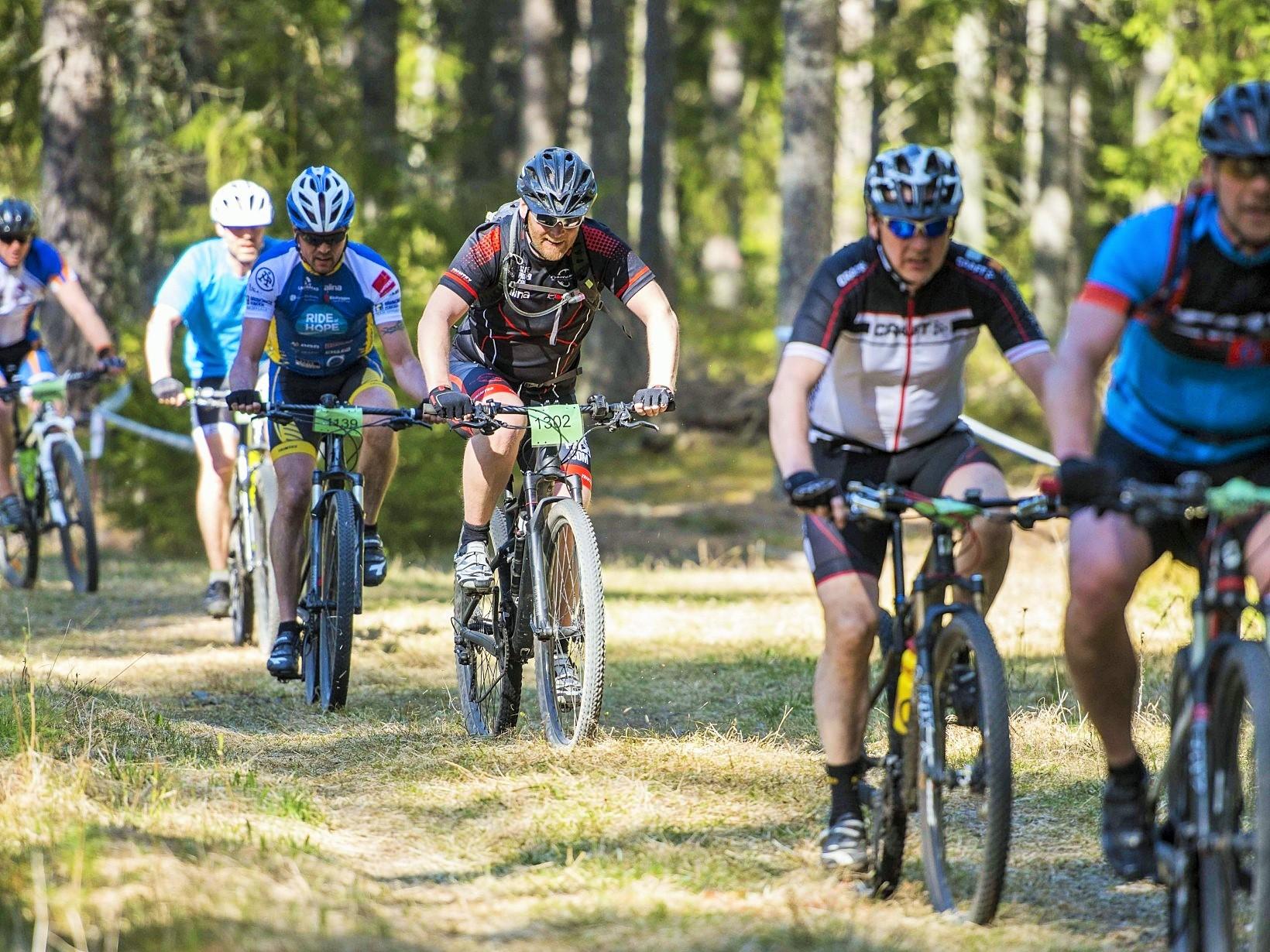Här kommer starka Ove från Ride of Hope Team Uppsala!  Foto Jesper Andersson www.jeppman.com