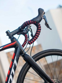 Testets enda cykel med gamla reglage, vilket vi inte ser som en nackdel.