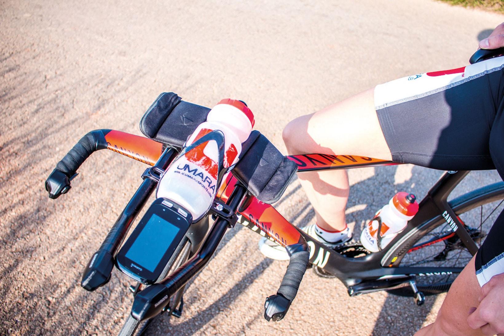 Se till att ladda flaskorna med energi och lär kroppen hantera den under aktivitet. Foto: Ida Carlsson