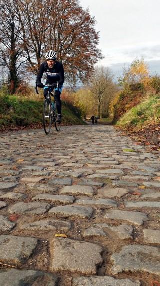 De klassiska kullerstensbackarna från Flandern Runt är regionens signum, och ett perfekt slutmål för en pilgrimsfärd för oss cyklister.