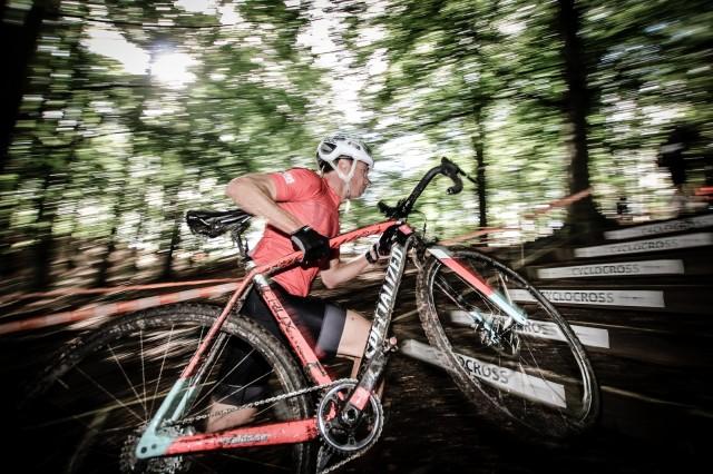 En av Mattias senare meriter är ett SM-guld i H40 i cykelcross.