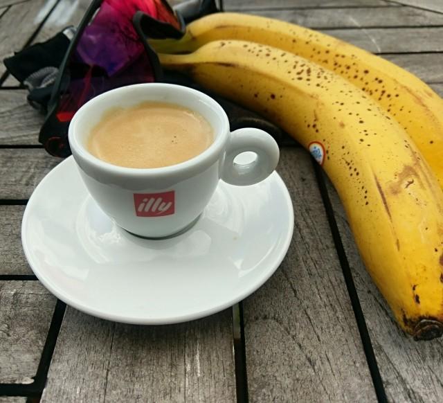 Energi innan, under och efter cykelturen. Espresso och bananer