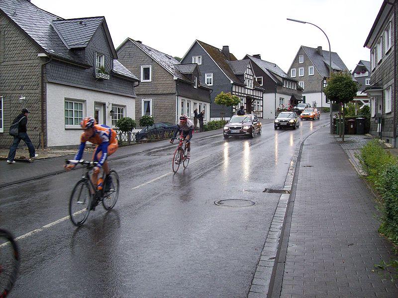 800px-Deutschland_Tour_2008_-_5._Etappe_Schmallenberg_2