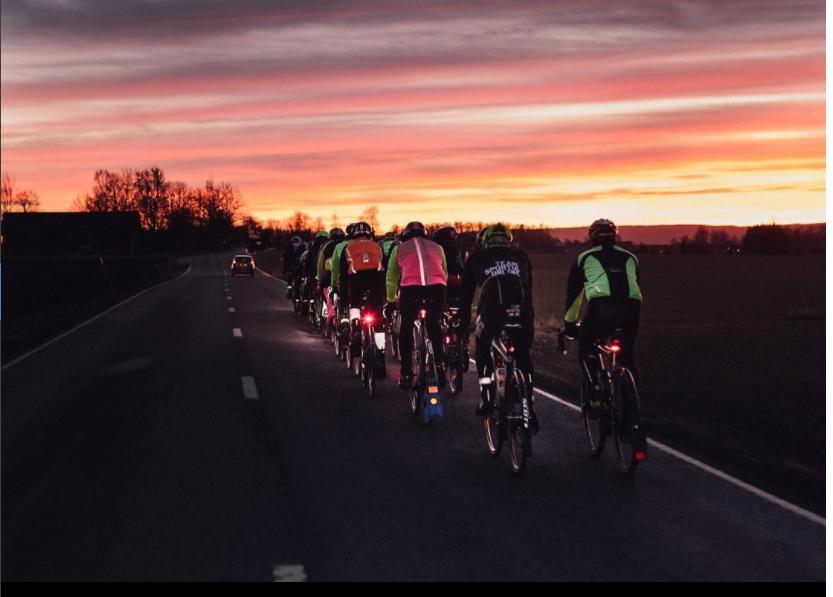 Förra årets solnedgång utanför Vadstena kan enbart beskrivas som magisk. Foto: Joakim Rissveds
