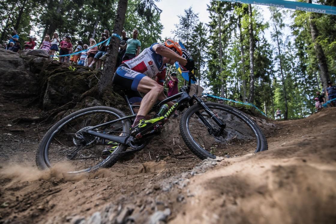 Ett högt syreupptag och fördelaktiga gener för konditionsidrott är inte alltid synonymt med seger, i cykling har arbetsekonomi och teknik också en viktig roll. Foto: Niklas Wallner
