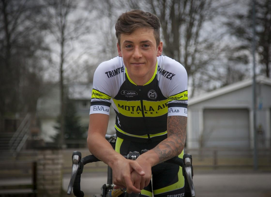 Lucas Eriksson är klar för Motala AIF CK:s elitlag Team Maifracing 2018. Foto: Micke Fransson/teambild.se