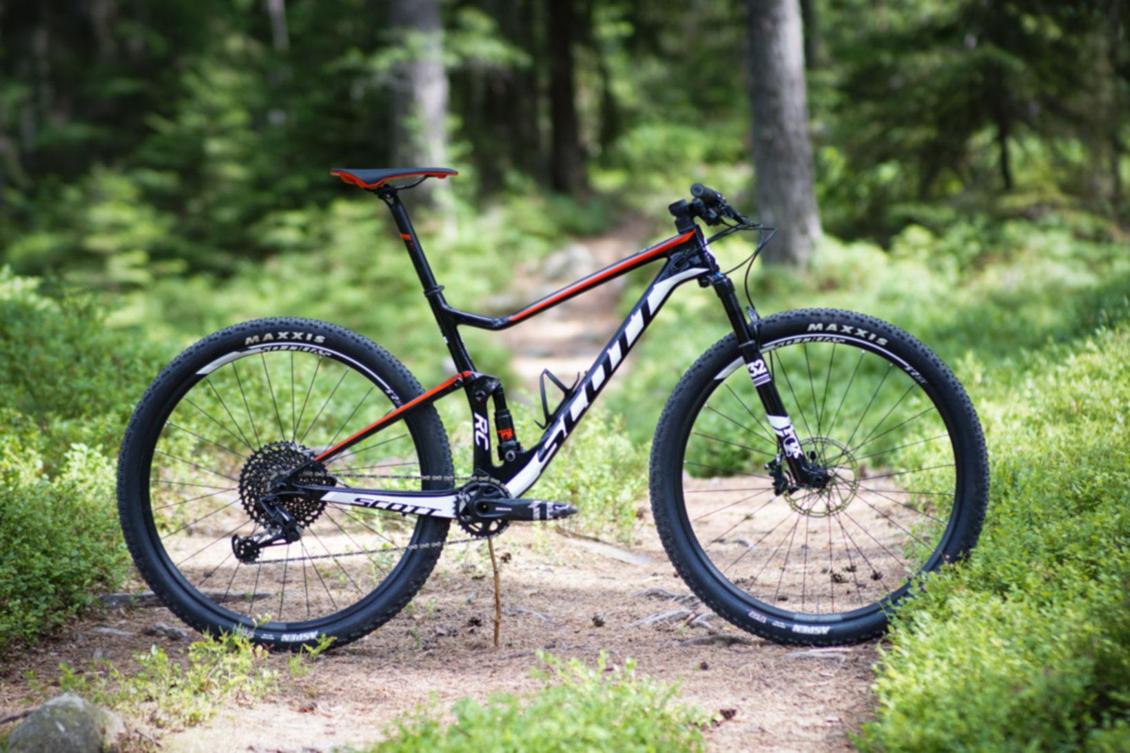 Kanon XC mot Stigcykel: Cykel nr 1 – Scott SPARK RC 900 TEAM | Svenska PN-84