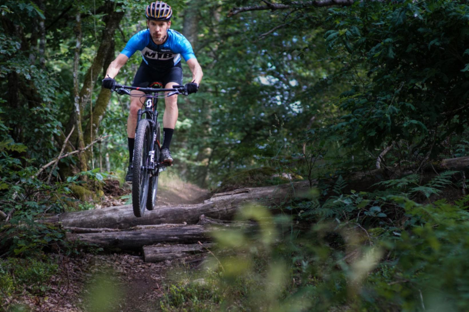 utförsåkning på mountainbike
